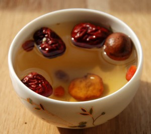 Liqueur du Ba bao cha avec les fruits