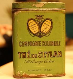 Boîte de thé Ceylan de la Compagnie Coloniale datant du début 20e siècle