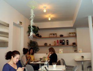 Intérieur de l'Umami Matcha Café