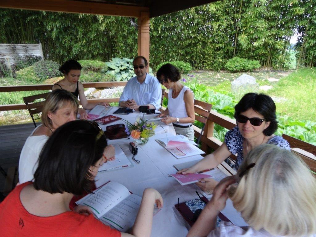 Le Club des buveurs de thé en visite aux Jardin de Gaïa
