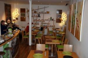 La boutique propose également un espace ou déjeuner et goûter les  thés.