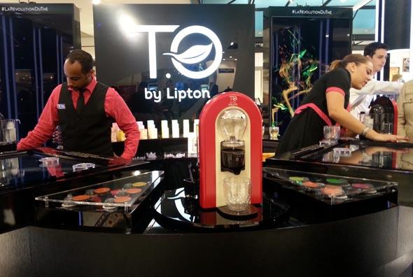 Stand dédié à la T.O by Lipton au BHV