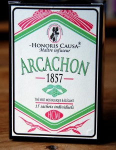 1857, thé vert sencha parfumé de chez Honoris causa