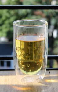 Liqueur de thé grec des montagnes