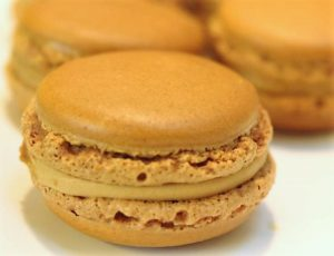 Macaron caramel beurre salé de Pierre Hermé